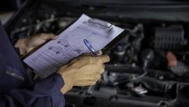 Vodiči pozor! Oprava motorového vozidla bude náročnejšia